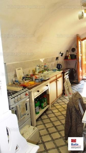 Ingatlan, eladó ház, Visegrád, Városközpont, 71 m2