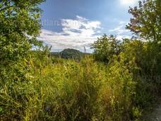 Dorogon panorámás zárt kert a Panoráma úton eladó