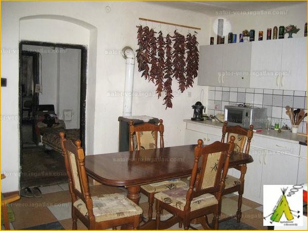 Ingatlan, eladó ház, Magyarsarlós, Baranya , 80 m2