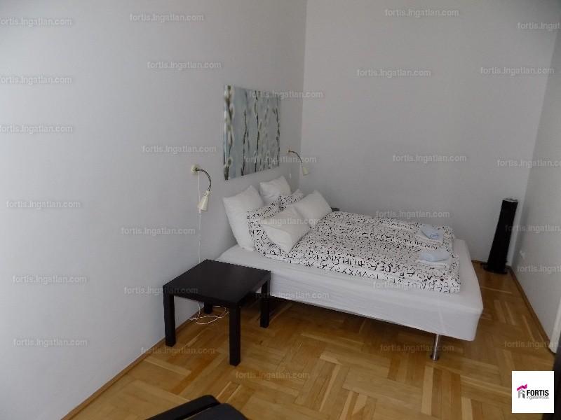 Ingatlan, eladó lakás, 9. kerület, Haller utca, 98 m2