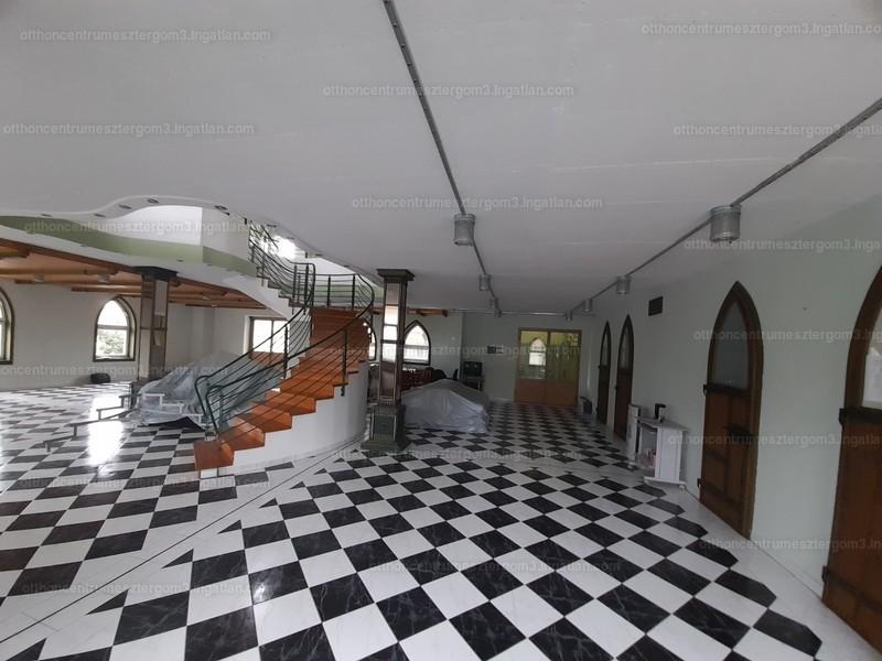 Esztergom, Komárom-Esztergom megye