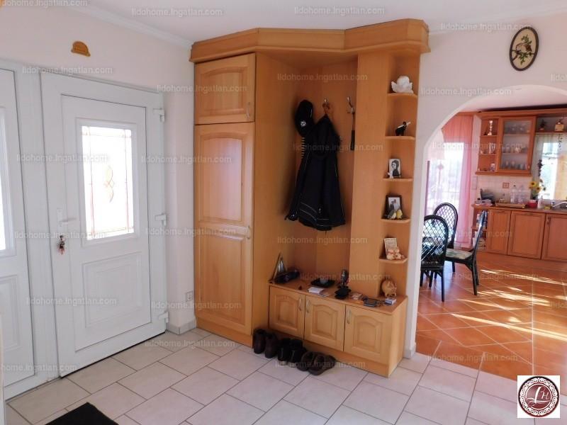 Ingatlan, eladó ház, Zamárdi, Somogy, 220 m2