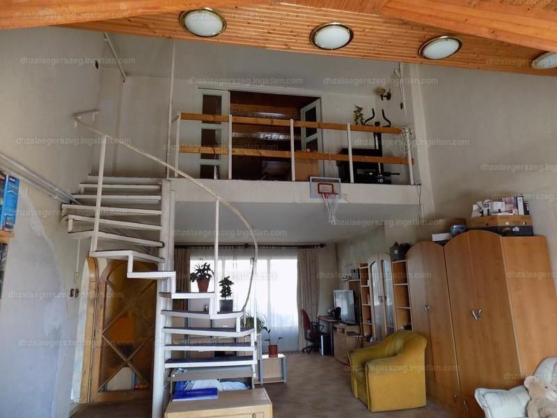 Ingatlan, eladó ház, Zalaegerszeg, Zala, 175 m2