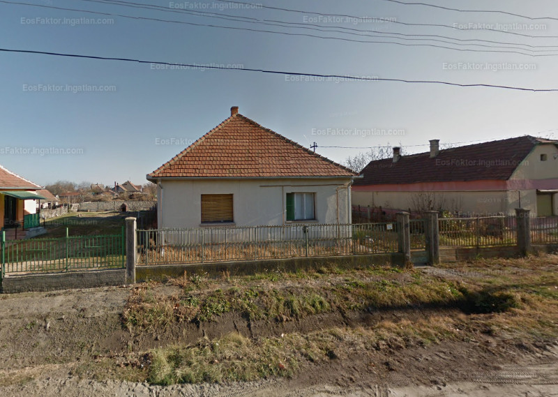 Ingatlan, eladó ház, Szalkszentmárton, Mező utca 28., 99 m2