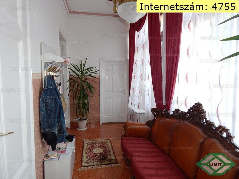 Szeged, József Attila sugárút