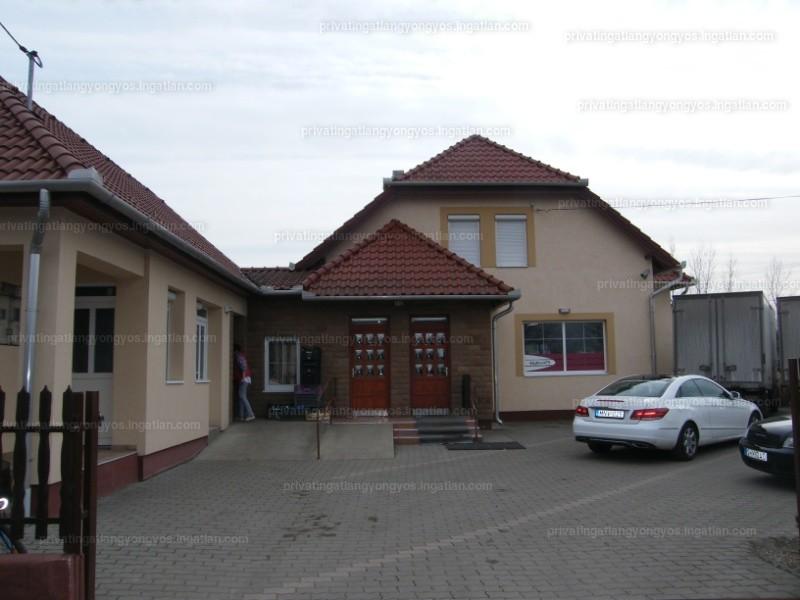 Boconád, Kossuth Lajos út 8.