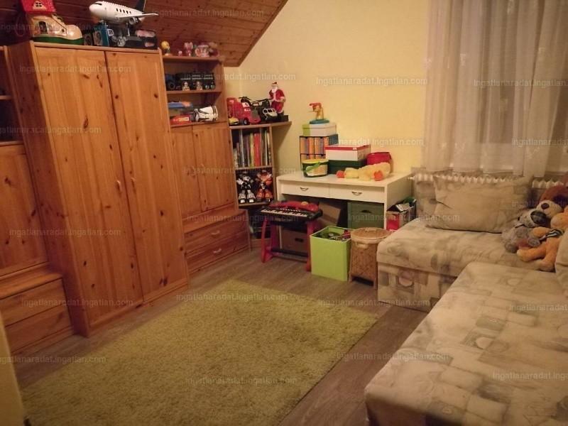 Ingatlan, eladó ház, Tiszaalpár, Alpár, 190 m2