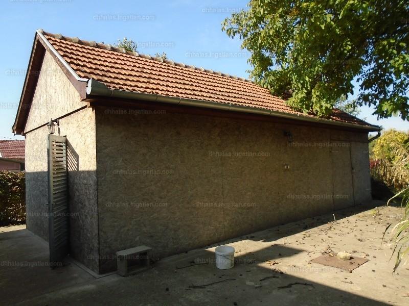 Ingatlan, eladó ház, Kisszállás, Tavasz utca, 75 m2