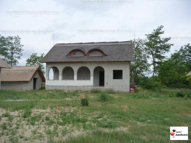 Ingatlan, eladó ház, Fülöpháza, Bács-Kiskun