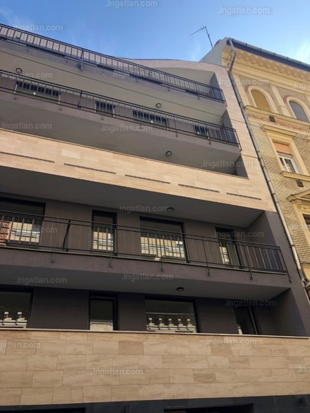 LEO 50 - 2 szoba erkéllyel