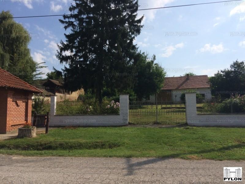 Ingatlan, eladó ház, Kisjakabfalva, Fő utca, 100 m2