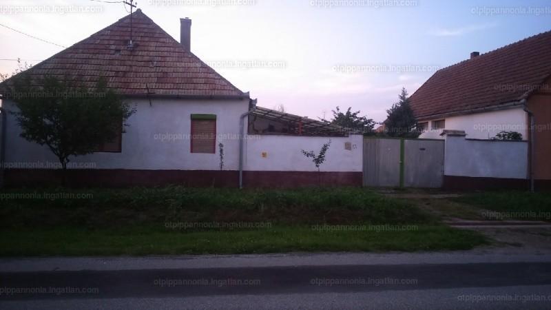 Ingatlan, eladó ház, Vaskút, Bács-Kiskun , 95 m2