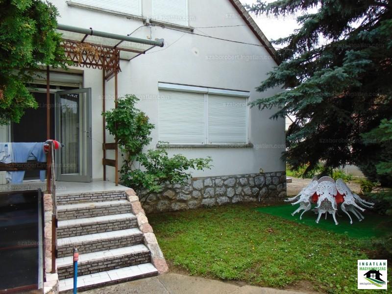 Ingatlan, eladó ház, Harkány, Baranya , 250 m2