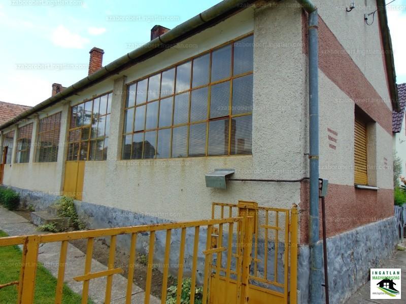 Ingatlan, eladó ház, Magyarbóly, Baranya