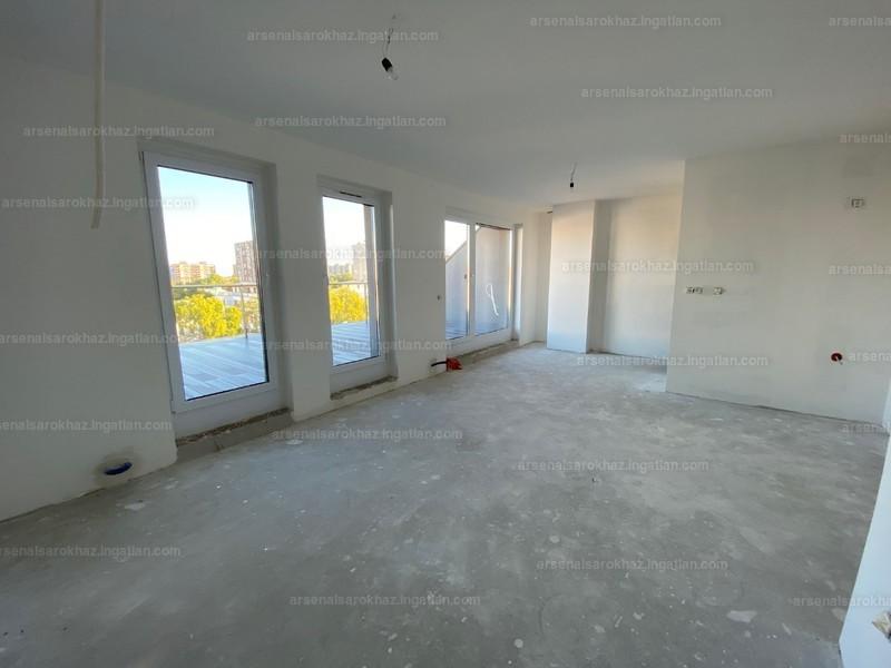 Arsenal Sarokház - 2 szoba erkéllyel