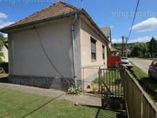 Mátranovákon felújítandó családi ház eladó !