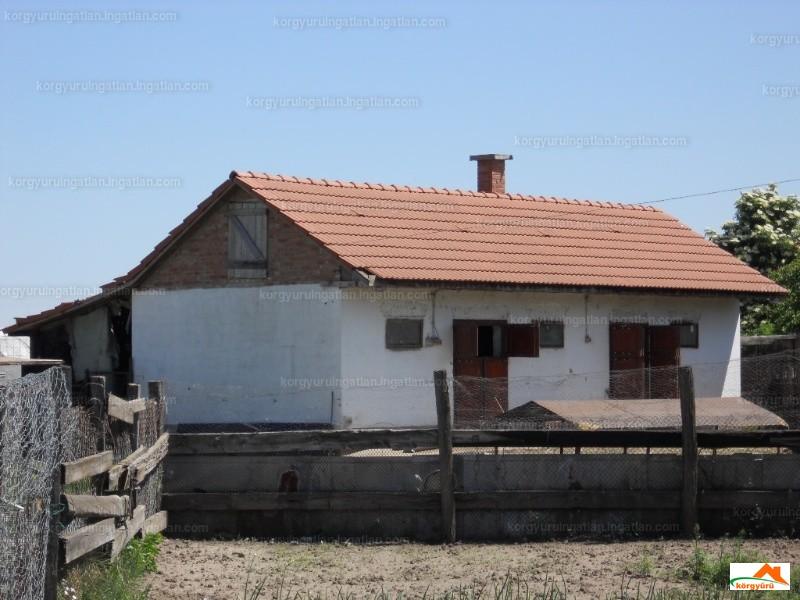 Ingatlan, eladó ház, Dunavecse, Bács-Kiskun , 183 m2
