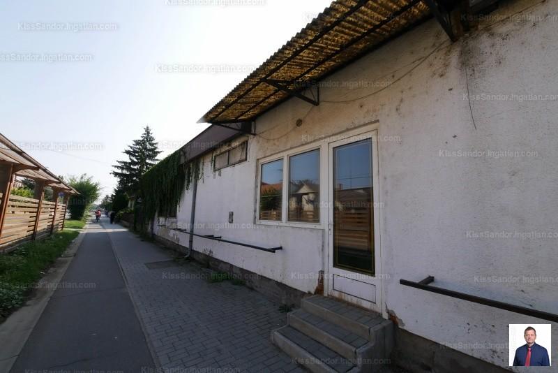 Nádudvar, Fő út 126.