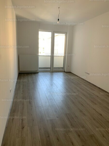 BB Házak - 1 szoba erkéllyel