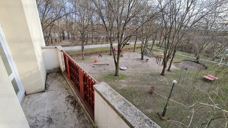 Tiszaújváros, Verebély László utca
