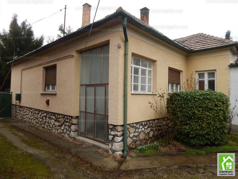 Ingatlan, eladó ház, Vitnyéd, Győr-Moson-Sopron, 95 m2