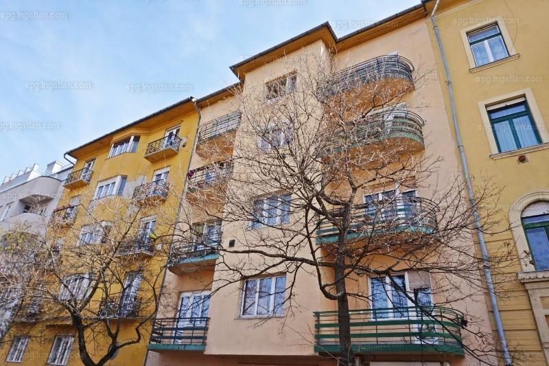Elado Tegla Epitesu Lakas Budapest 12 Kerulet Kek Golyo Utca