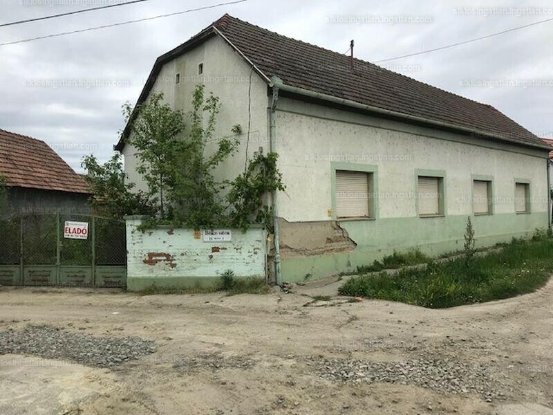 Villány, Béke utca 1.