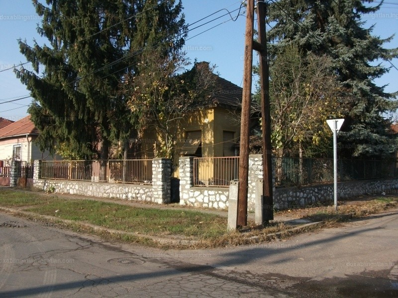 Miskolc, Álmos utca 31.