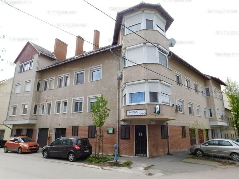 Szeged, Nádas utca 8.