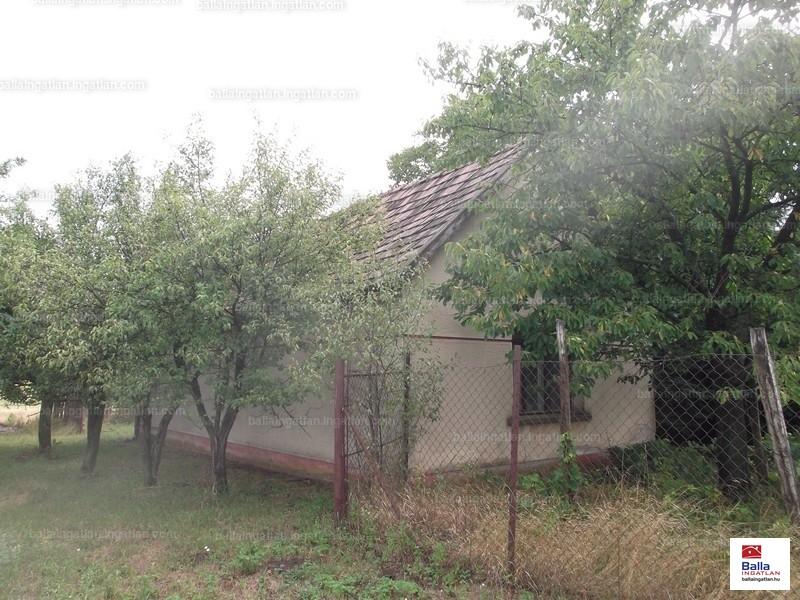 Ingatlan, eladó ház, Ladánybene, Bács-Kiskun , 50 m2