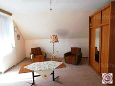 Eladó családi ház, Eplény - 2. kép